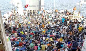 Migranti, in Africa sono un miliardo pronti a venire qui, già 600 mila in 3 anni