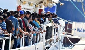 Porto Empedocle, 5 scafisti tunisini identificati da un video e fermati