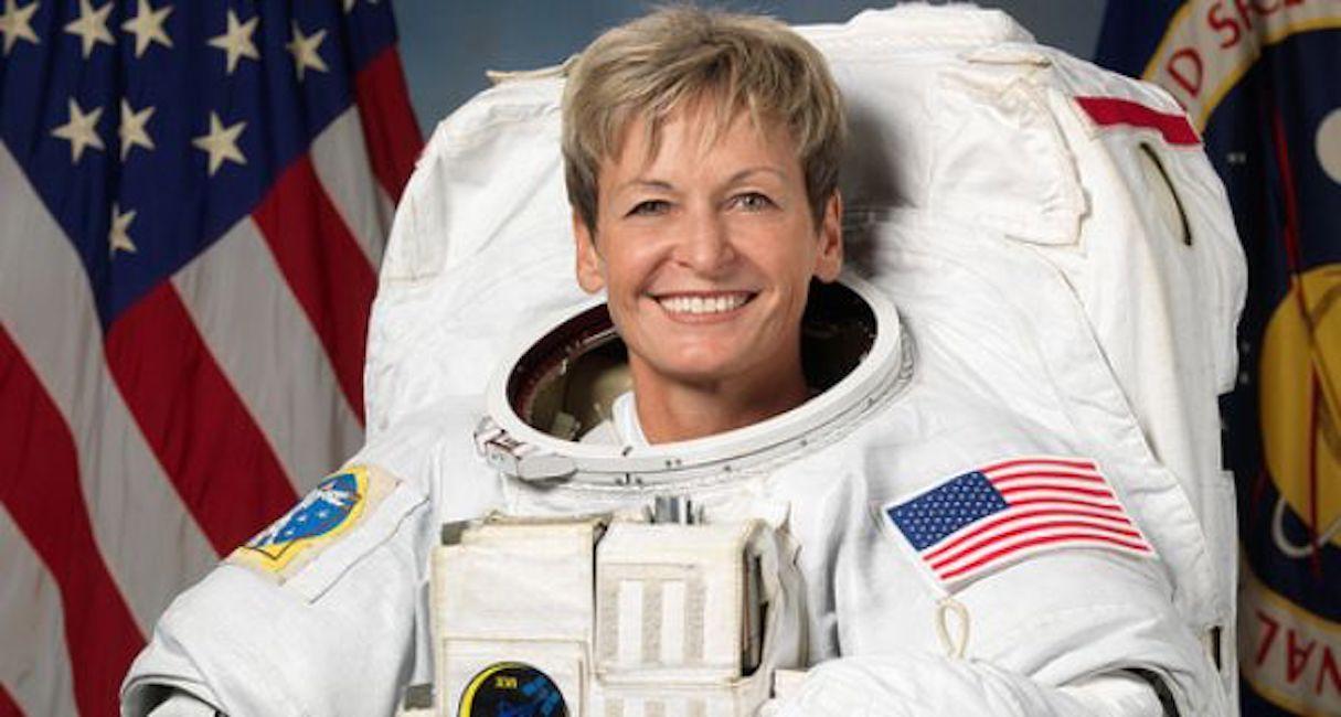 Peggy Whitson torna a casa: donna astronauta che ha trascorso più tempo nello spazio02