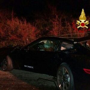 San Vincenzo, Porsche si schianta contro un albero: muore Giada Russo, 21 anni