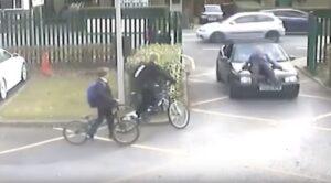 Padre investe professore: non voleva farlo entrare nel parcheggio della scuola