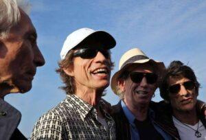 Rolling Stones a Lucca vogliono solo mozzarella di bufala per la cena e il buffet vip