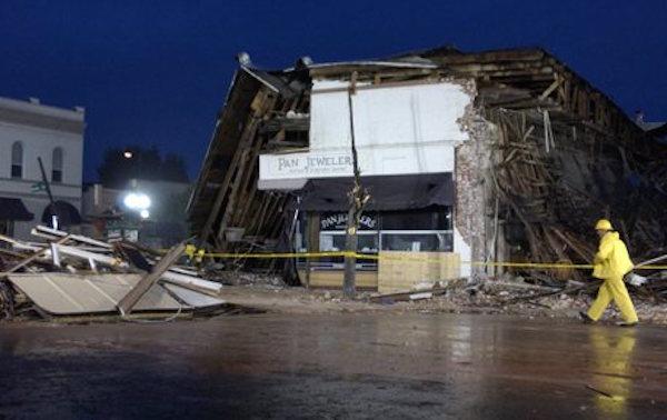"""Terremoto 8.2 in California """"potrebbe avvenire presto, i danni sarebbero catastrofici"""""""