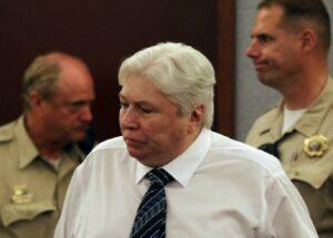 Las Vegas, ingaggia sicario per far fuori la moglie, poi ammazza il killer: condannato a morte