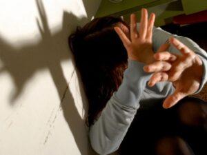 Fontanella, richiedente asilo abusa di operatrice in comunità: fermato da due migranti e arrestato