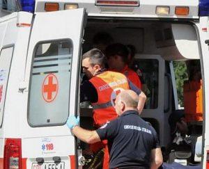 ambulanza-aversa-balcone