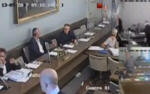 """Novara, gioco d'azzardo. Blog Grillo: """"Telecamere che sbugiardano partiti in Consiglio Comunale"""""""