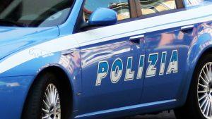 Bari-poliziotto-schiaffi-vigile