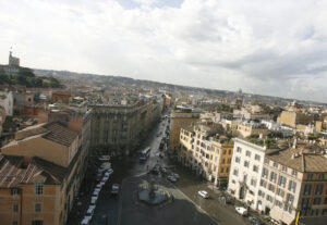 Roma-allarme-bomba-trolley