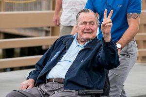 Bush-padre-molestie-presidente