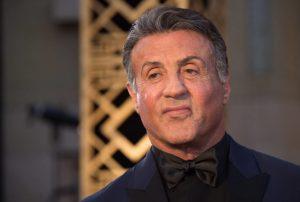 Sylvester-Stallone-costrinse-fan-sesso-tre