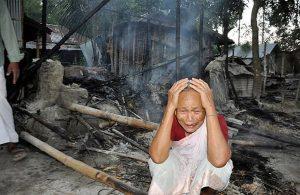 Bangladesh-vendetta-musulmani-villaggio-hindu