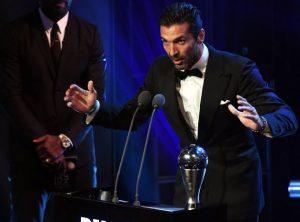 """Gigi Buffon compie 40 anni: dal """"boia chi molla"""" al trionfo Mondiale"""