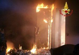 milano-mansarda-incendio