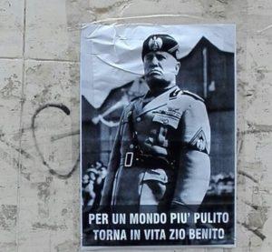 Polemica a Rimini per dei manifesti con il volto di Benito Mussolini