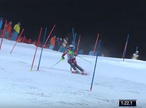 Palle di neve su Henrik Kristoffersen: lo sciatore sbotta