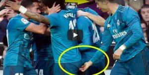 YOUTUBE Cristiano Ronaldo infila un dito nel sedere di Marcelo