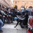 Bologna, 16 febbraio scontri in piazzaq