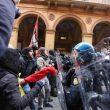 Bologna, Forza Nuova a corteo. scontri 16 febbraio