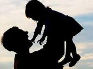 Pesaro, scopre su Facebook che il figlio è di un altro