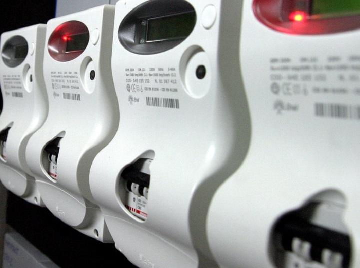 Energia elettrica: cosa è l'offerta bioraria e perché scegliere questa tariffa per la bolletta della luce