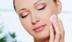 Una popolare crema usata contro l'eczema può essere la causa di numerosi incendi in Gb