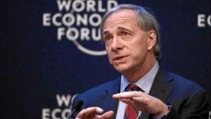 Il più grande hedge fund al mondo scommette 3 miliardi contro l'Italia