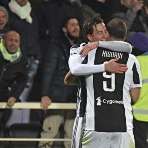 Fiorentina-Juventus 0-2 highlights, pagelle. Bernardeschi-Higuain video gol