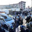 Il folto dispiegamento di polizia a Torino per il corteo in ricordo delle Foibe