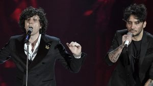 """Festival di Sanremo 2018: Ermal Meta-Fabrizio Moro, """"Non mi avete fatto niente"""" resta in gara"""