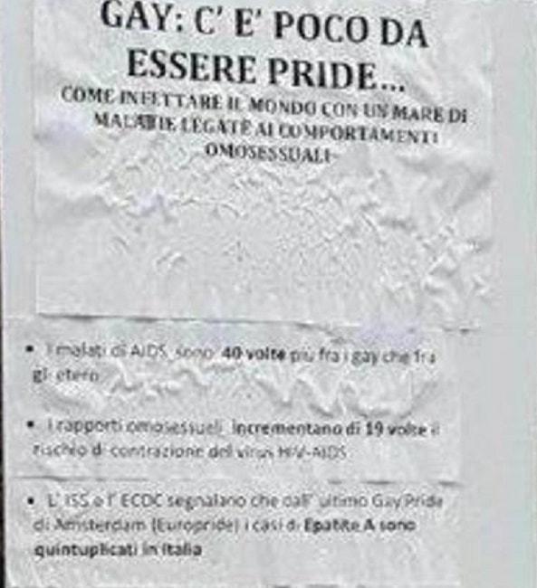 """Milano, volantino omofobo davanti liceo: """"Gay infettano mondo con le malattie"""" FOTO"""