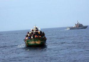 In Italia dimezzati gli sbarchi di migranti rispetto ad un anno fa
