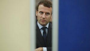 Francia, stretta sui migranti di Macronj, via subito i clandestini