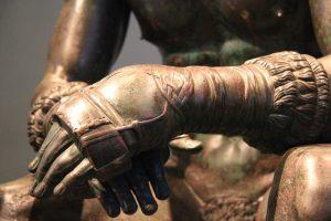 Scoperti in Inghilterra guantoni da boxe degli antichi romani