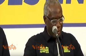Toni Iwobi, il senatore di colore della Lega diceva: ''Sono razzista, prima gli italiani''