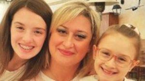 Antonietta Gargiulo è stata dimessa dall'ospedale. Sa che il marito, Luigi Capasso, ha ucciso le figlie