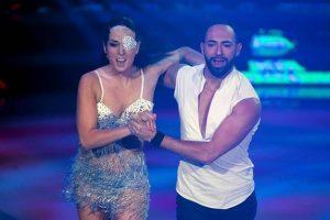 Ballando con le Stelle, Gessica Notaro debutta con una samba. E lo spietato Mariotto si commuove 01