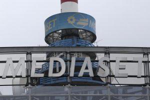 Accordo storico tra Sky e Mediaset sui pacchetti