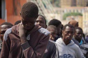 Migranti: giovane eritreo morto di fame appena sbarcato a Pozzallo (Ragusa)