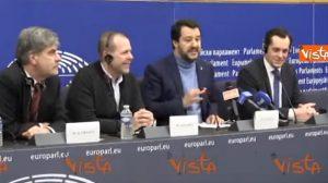 """YOUTUBE Matteo Salvini contro i giornalisti: """"Non prendo lezioni di correttezza da gente di sinistra"""""""