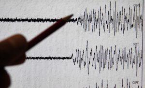 Terremoto San Quirico d'Orcia: nuova scossa 2.6. La quarta da ieri, gente in strada