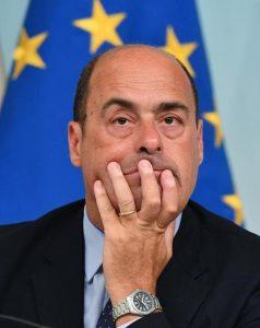 """Nicola Zingaretti rompe gli indugi: """"Correrò alle primarie. Il Pd stia all'opposizione"""""""