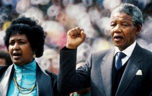 Morta Winnie Madikizela Mandela, ex moglie del premio Nobel