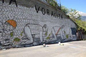 """No Tav: """"Blu"""", star della street art, per i pm di Torino è solo un imbrattatore rinviato a giudizio"""
