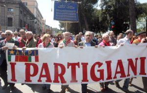 Anpi, 25 aprile amaro: a Todi il Comune nega il patrocinio, a Mariano Comense vietato l'omaggioai caduti