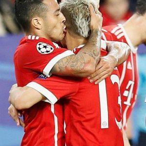 Champions League, Bayern ipoteca qualificazione: 2-1 a Siviglia