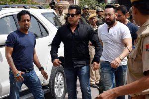 Salman Khan: uccise due antilopi cervicapre, la star di Bollywood condannato a 5 anni di carcere (foto Ansa)