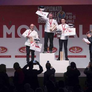 """Campionato mondiale della pizza, elenco vincitori: nella categoria """"classica"""" con piccione, bottarga di gallina..."""