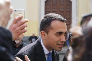 """Di Maio bifronte: """"Cdp diventi banca pubblica investimenti"""". Ma poi sul lavoro: """"No a carrozzoni"""""""