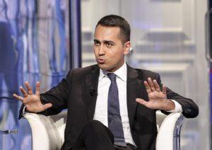 Salvini: 51% possibilità governo Centro Destra-M5S. Di Maio: possibilità zero per cento noi ammucchiati con loro